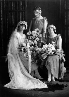 Agnes, Nea and Glad pose for wedding photographs, October 1925 Love the maids headbands