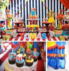 Tudo muito caprichoso, cupcakes lindos, garrafinhas de água muito bem decoradas, mesa bem posta.