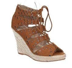 Mit diesem Schuh setzt Du Deine wunderschönen Beine gekonnt in Szene 💋
