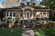 New Brick Ranch House Remodel Porches 37 Ideas Ranch Exterior, Exterior Remodel, Craftsman Remodel, House With Porch, House Front, Brick Ranch Houses, Ranch House Remodel, Building A Porch, Ranch Style Homes