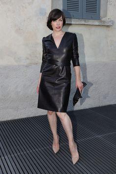 Milla Jovovich in leren dress