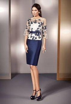 Elegant Dresses, Beautiful Dresses, Formal Dresses, Chic Dress, Lace Dress, Dress Brokat, Mother Of Groom Dresses, Batik, Couture Fashion