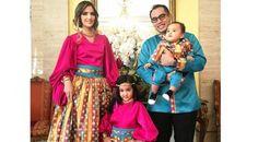 Nia Ramadhani kini semakin sibuk mengurus keluarga kecilnya |PT. Kontak Perkasa Futures Cabang Bandung Acara perayaan Halloween itu juga dihadiri oleh sahabat-sahabat sosialita Nia, mulai dari Jes…