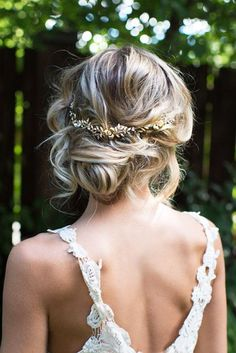 30 Pinterest Wedding Hairstyles For Your Unforgettable Wedding ❤️ See more: http://www.weddingforward.com/pinterest-wedding-hairstyles/ #wedding