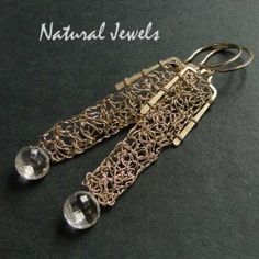 Organic Sparkle - Earrings totally handcrafted from 14K Goldfilled wire and the gemstone Rockcrystal - Made by Natural Jewels