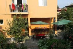 Guest House Sweet Home Kobuleti Set in Kobuleti, 23 km from Batumi, Guest House Sweet Home features a barbecue and terrace. Free WiFi is available and free private parking is available on site.  Every room comes with a flat-screen TV.