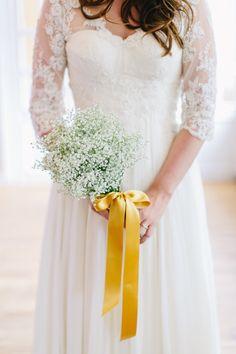 baby's breath bouquet with #gold ribbon #lace