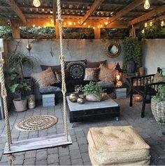 Ideas for backyard patio deck cinder blocks Outdoor Rooms, Outdoor Living, Outdoor Decor, Outdoor Areas, Backyard Patio Designs, Backyard Landscaping, Back Patio, Garden Design, Green Sofa
