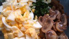 Sałatka świąteczna jajeczno-pieczarkowa - UgotujmyTo.pl Coleslaw, Mashed Potatoes, Ethnic Recipes, Food, Kitchens, Whipped Potatoes, Coleslaw Salad, Smash Potatoes, Essen