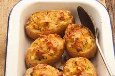 Pommes de terre au four au jambon et au fromage cuites deux fois