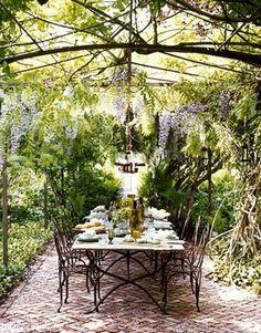 I just love wisteria!