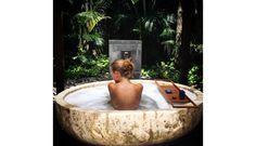 Un rooftop qui domine Rio de Janeiro, des villas sur pilotis plantées dans le lagon des Maldives, un palace mythique face à la Méditerranée... A l'heure où cultiver son nombre de followers devient un Graal absolu, Vogue.fr dévoile 20 hôtels sublimes, à la photogénie plus qu'évidente. De quoi gonfler en quelques clichés n'importe quel compte Instagram.