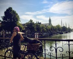 Visiting Amsterdam? 15 Do's & Don'ts / Tourist Tips for Amsterdam by a resident to see the best of this beautiful Dutch city. A must-read to get the local experience!