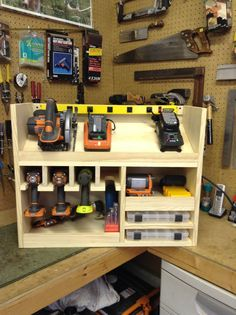 Cordless drill storage and charging station & DIY projects for everyone! Cordless drill storage and charging station & DIY projects for everyone! The post Cordless drill storage and charging station Garage Tools, Garage Shop, Diy Garage, Garage Bathroom, Small Garage, Woodworking Bench, Woodworking Shop, Woodworking Projects, Woodworking Basics