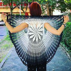 """15 Likes, 1 Comments - Liniver (@linivercraft) on Instagram: """"#crochet #crochetvest #crochetcirclevest #circlevest #horgolt #horgolás #horgoltmellény #körmellény…"""""""