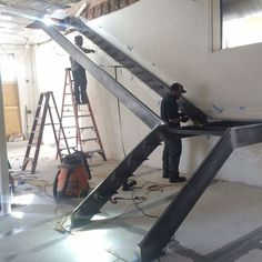 Useful Information About Staircase And Their Details - Engineering Discoveries Staircase Interior Design, Staircase Railing Design, Modern Stair Railing, Iron Staircase, Home Stairs Design, Stairs Architecture, Modern Stairs, Steel Stairs Design, Metal Stairs