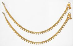 117921fa0 Golden Ear Chain with Golden cluster line in 2019   Ear chains   Ear ...