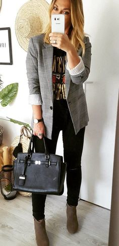 #fall #outfits women's grey 1-buttoned blazer and black skinny jeans