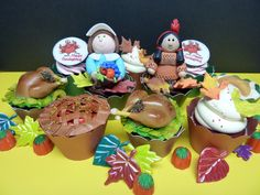 #cupcakes Thanksgiving cupcakes     If you like this pin, re-pin or like it :)   http://subjectbase.com