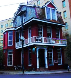 hook up bars new orleans Get the latest new orleans news, politics, entertainment, music, restaurants and shopping information provided by gambit newspaper.