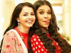 ❤ Indian Tv Actress, Beautiful Indian Actress, Indian Actresses, Shrenu Parikh, Pink Lehenga, Indian Bridal Makeup, Girly Pictures, Tv Actors, Beautiful Couple