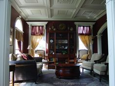 coffered ceiling and window molding Coffered Ceilings, Crown Moldings, House Plans, Windows, Architecture, Ideas, Home Decor, Arquitetura, Decoration Home