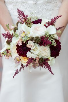 {Aubergine & Marsala} Classic NC Fall Wedding|Photographer:  Erin Costa Photography