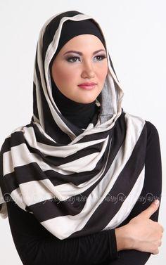 Turbular shawl