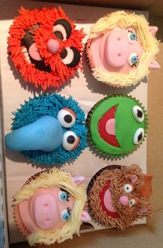 My Birthday Cupcakes - The Muppets! The best cakes ever.... And I am still having a giant Kermit cake!
