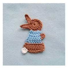 click HERE to find the pattern for the Peter Rabbit applique.