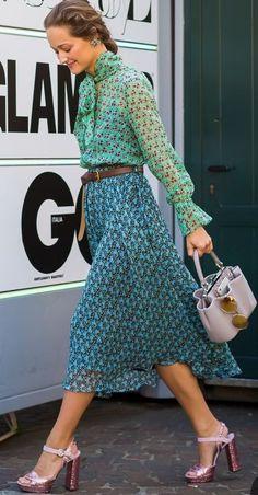 Milan Fashion Week SS 2016 Street Style: Daria Shapovalova - STYLE DU MONDE | Street Style Street Fashion Photos #milan