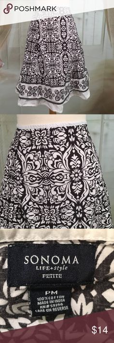 """Sonoma Black and White Flair Skirt Super cute black and white flare skirt. 100% cotton. Zippered on the side. Great condition. Size PM.  Waist 30 and length 22"""".  SK76 Sonoma Skirts"""
