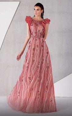 Haute Couture Dresses, Haute Couture Fashion, Elegant Dresses, Beautiful Dresses, Pink Dresses, Dream Dress, Dress Collection, Evening Gowns, Buy Wholesale