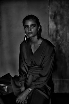 Leading model Taylor Hill graces the August-September 2017 cover of RUSSH Magazine. Lensed by Drew Jarrett, the brunette stunner wears a faux fur coat from Miu Miu's fall collection. Inside the magazine, Taylor poses in moody images while modeling embroidered dresses, luxe knits and metallic pieces. Stylist Bridie Gilbert dresses the Bally face in the... [Read More]