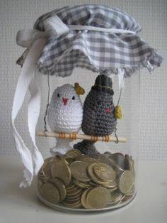 Crochet Patterns Gifts Great gift idea for a wedding or anniversary such as a s … Crochet Birds, Cute Crochet, Crochet Animals, Crochet Crafts, Crochet Projects, Crochet Amigurumi, Crochet Dolls, Jar Crafts, Diy And Crafts