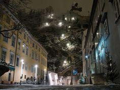 Schlossbergplatz in Graz (Austria) [1024x768] michter1993 http://ift.tt/2AxGaaj November 25 2017 at 10:12AMon reddit.com/r/ EarthPorn