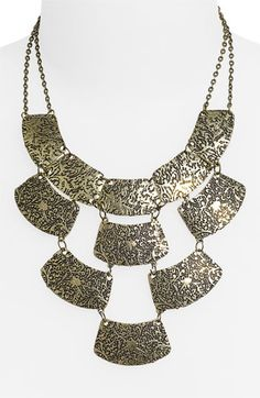How this is only $18 is beyond me but I feel I could pull together the perfect Courtney Kerr approved looks with this necklace in my posession.