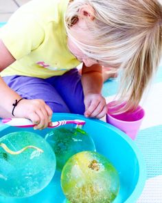 FROZEN WATER PLAY - sensory play for kids - four cheeky monkeys
