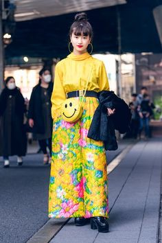 The Best Street Style From Tokyo Fashion Week Fall Will Tokyo street style ever lose its magic touch? Not likely, if the stylish locals captured around the city at Fashion Week have anything to say about it Japan Street Fashion, Tokyo Fashion, Harajuku Fashion, Fashion Outfits, Catwalk Fashion, Style Fashion, Fashion Edgy, Korean Fashion, Classy Fashion