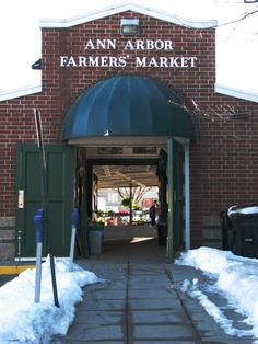 Places for local produce in Ann Arbor.