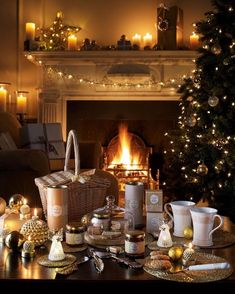 Laura Ashley Christmas - Everything You Could Wish For! Best time for year Cosy Christmas, Christmas Is Coming, Beautiful Christmas, Christmas Lights, Christmas Decorations, Merry Christmas, Christmas Wonderland, Christmas Breakfast, Winter Wonderland