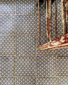 Repost from @sipuofareofficial - Silvana Citterio Architetto Designer #madeamano tiles KOMON collection K/4 - work in progress  #silvanacitteriointeriors #lavastone #walltiles #madeinitaly #tiletuesday #tilework #tileporn #dsfloors #interiordecorating #ihavethisthingwithfloors #flooring #wallcovering #blue #floorsilove #homedecoration #tabledecor #floor #interiordesign #interiorstyling #tileaddiction #handmade #furniture #decor #pattern #luxury #tilephile #wall #tileinspiration