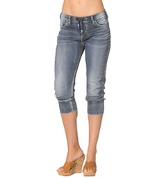 I just entered to win my wishlist, and you should too! Click now to enter!  Boyfriend Mid Capri Dark Wash