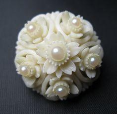 Celluloid Brooch - Vintage Brooch - Cream with Pearls -  Plastic Brooch