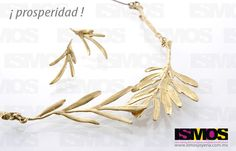 ISMOS Joyería: aretes y collar de bronce // ISMOS Jewellery: bronze necklace and earrings Clothes Hanger, Bobby Pins, Hair Accessories, Beauty, Brass Necklace, Games, Coat Hanger, Clothes Hangers, Hairpin