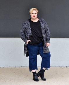 Ein außergewöhnlicher Anlass? Zeit für ein außergewöhnliches Outfit! Dafür sorgen vor allem die Strickjacke mit Animalprint und das Shirt mit Schulterschlitzen. Ein Look, der locker als elegante Abendgarderobe durchgeht – zusammengestellt von Isabell vom OTTO Blog Soulfully.