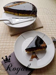 Royal: Sweet $ Crunch chocolate cake with Nutella moss