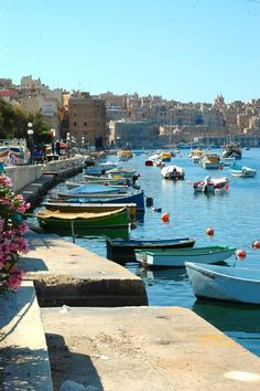 Senglea with Valletta in the background, Malta. Malta Comino, Malta Gozo, Beautiful Islands, Beautiful Places, Places Around The World, Around The Worlds, Malta Valletta, Malta Island, Island Pictures