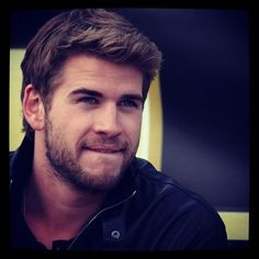 Liam Hemsworth... so beautiful