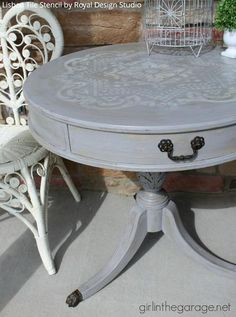 How to DIY distressed table - Painted furniture with Chalk Paint and Royal Design Studio Lisboa Tile Stencil - via Girl in the Garage Refurbished Furniture, Paint Furniture, Repurposed Furniture, Furniture Makeover, Antique Furniture, Home Furniture, Furniture Ideas, Sofa Ideas, Furniture Dolly